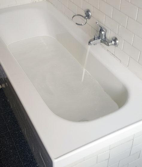 Sovrapposizione vasca da bagno vaschedocce - Stendino da vasca da bagno ...